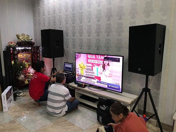 xu-huong-mua-loa-keo-cong-suat-lon-thay-the-dan-karaoke-gia-dinh